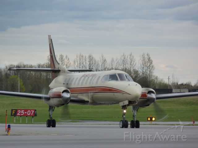 Fairchild Dornier SA-227DC Metro (C-FXUS) - taxing towards the terminal after landing on RWY# 07