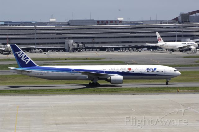 BOEING 777-300 (JA751A) - Taxing at Haneda Intl Airport on 2012/07/10