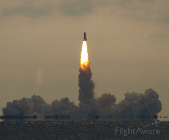 STS134 — - endeavor departing!