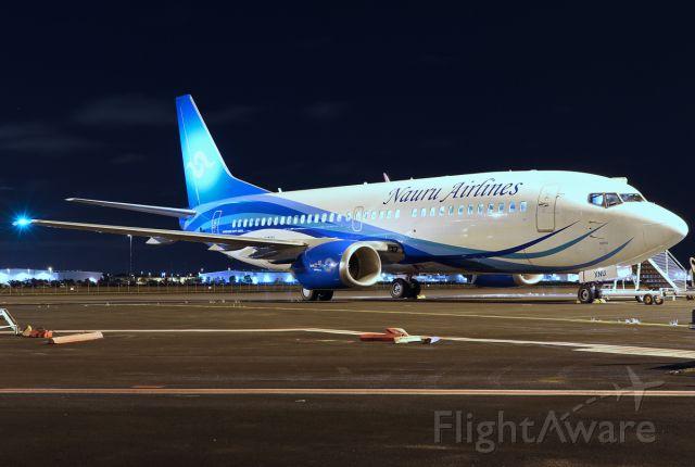 BOEING 737-300 (VH-XNU)