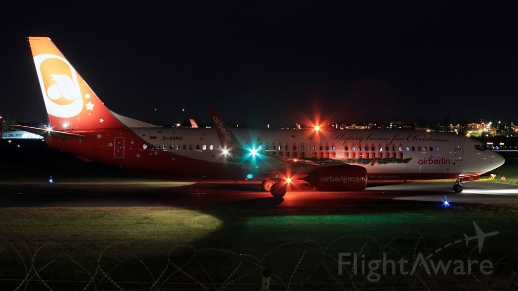 Boeing 737-800 (D-ABMS) - Flying Home For Christmas