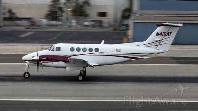 Beechcraft Super King Air 300 (N416AT)