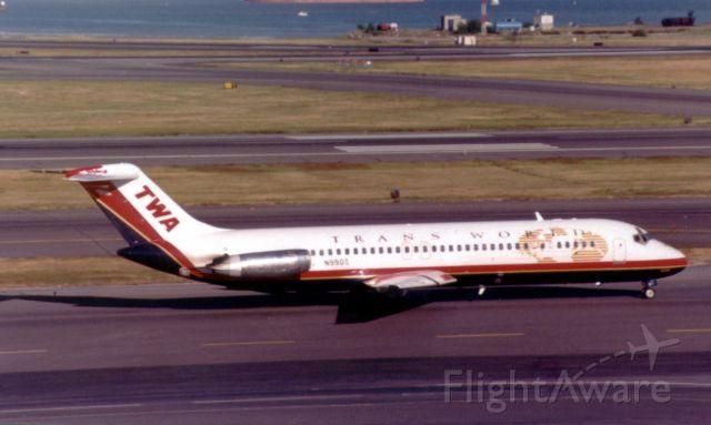 McDonnell Douglas DC-9-30 (N990Z) - From July 1997