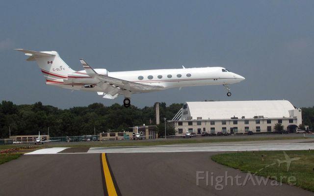 Gulfstream Aerospace Gulfstream V (C-GLFV) - Landing RW16. Probably the best tail number for a Gulfstream V.