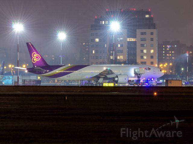 BOEING 777-300ER (HS-TKL) - Boeing 777-3AL(ER) HS-TKL Thai Airways