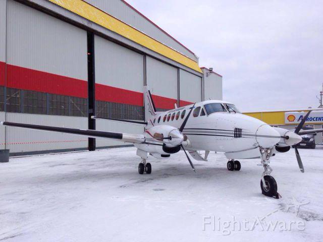 Beechcraft King Air 100 (C-GZUZ)