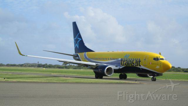 Boeing 737-800 (C-GTQI)