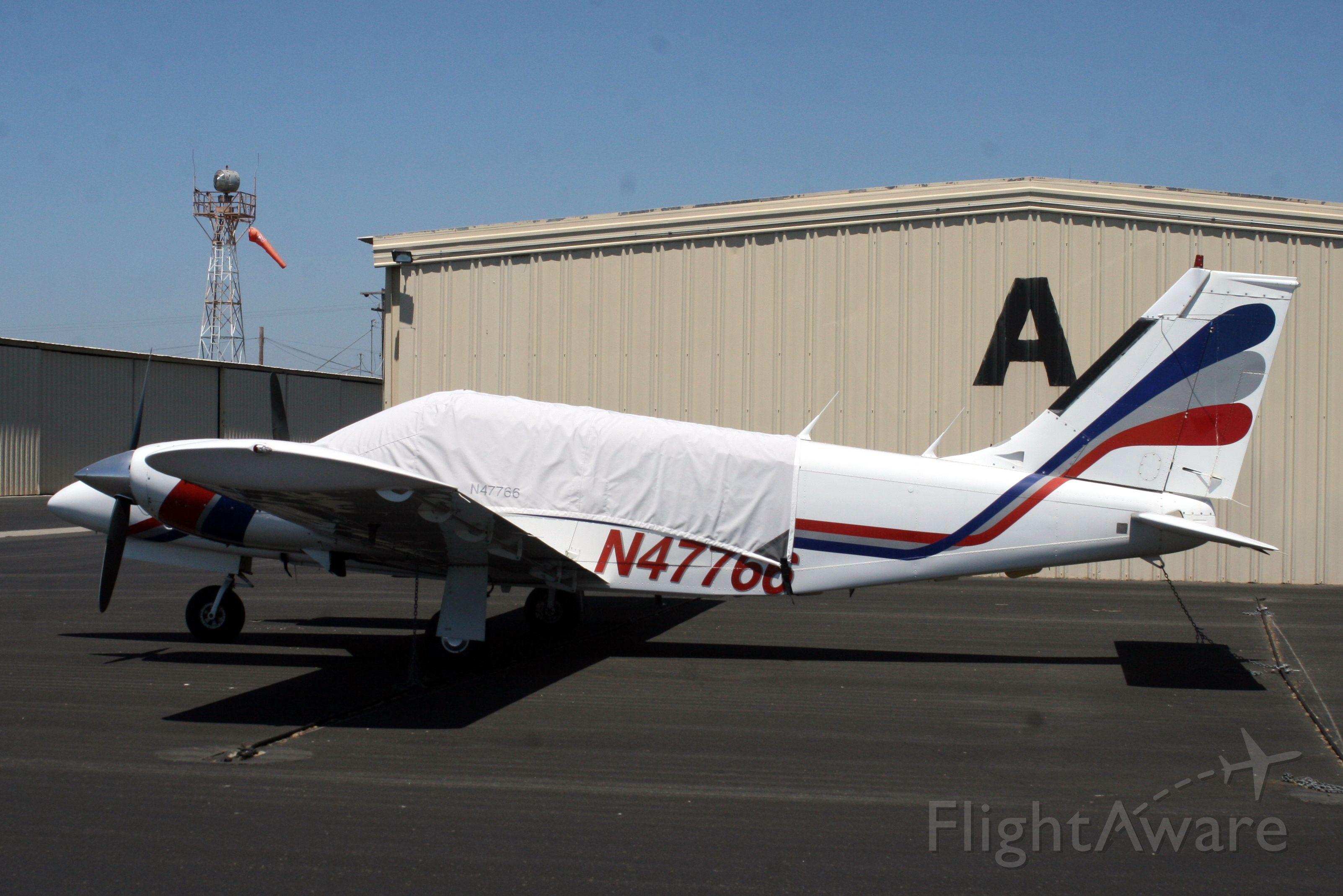 Piper Seneca (N47766) - 09-Aug-11