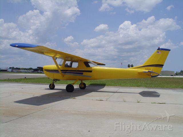 Cessna 152 (N2923S)