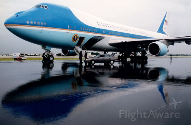 82-8000 — - 9-30-91:  the first visit of a VC-25A to Miami International Airport.  We parked it midfield on runway 9L-27R since the runway was closed for full length repaving.  President George H. W. Bush was in town for a few hours and they were awaiting his return.