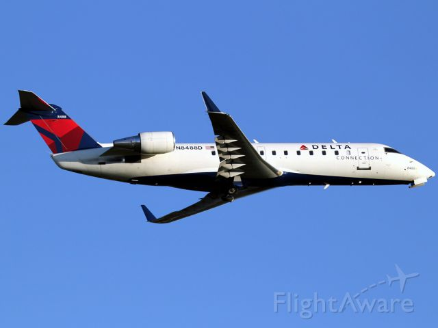 Canadair Regional Jet CRJ-200 (N8488D)