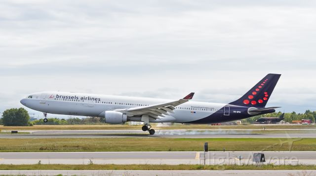 Airbus A330-300 (OO-SFW) - ***Please select FULL for correct resolution*** Touch down at YYZ 05 September 12, 2019