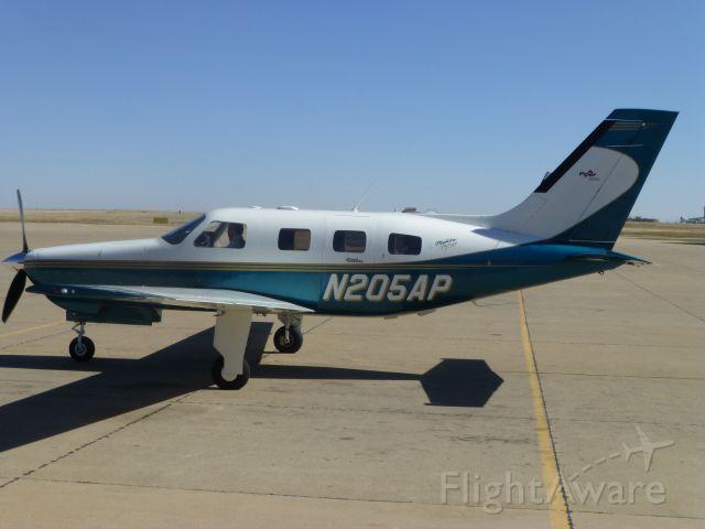 Piper Malibu Mirage (N205AP)