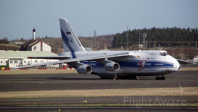 Antonov An-124 Ruslan (RNA82045) - Volga-Dnepr
