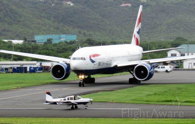 Boeing 777-200 (G-VIIT)