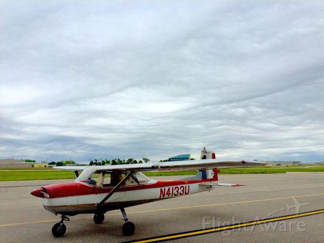 Cessna Commuter (N4133U)