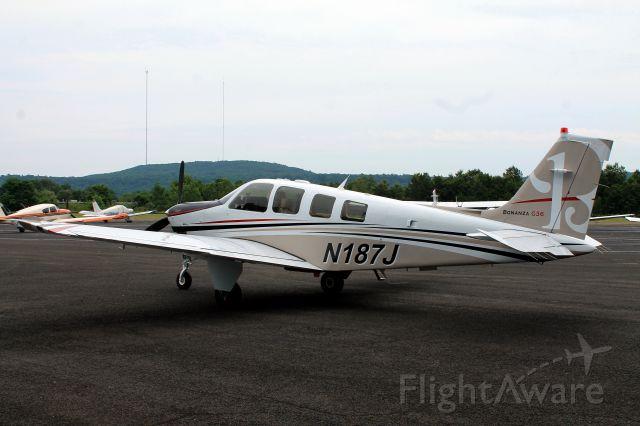 Beechcraft Bonanza (36) (N187J)