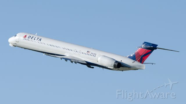 McDonnell Douglas MD-90 (N962DN) - Departure from runway 30L heading to KPHX May 23 2013