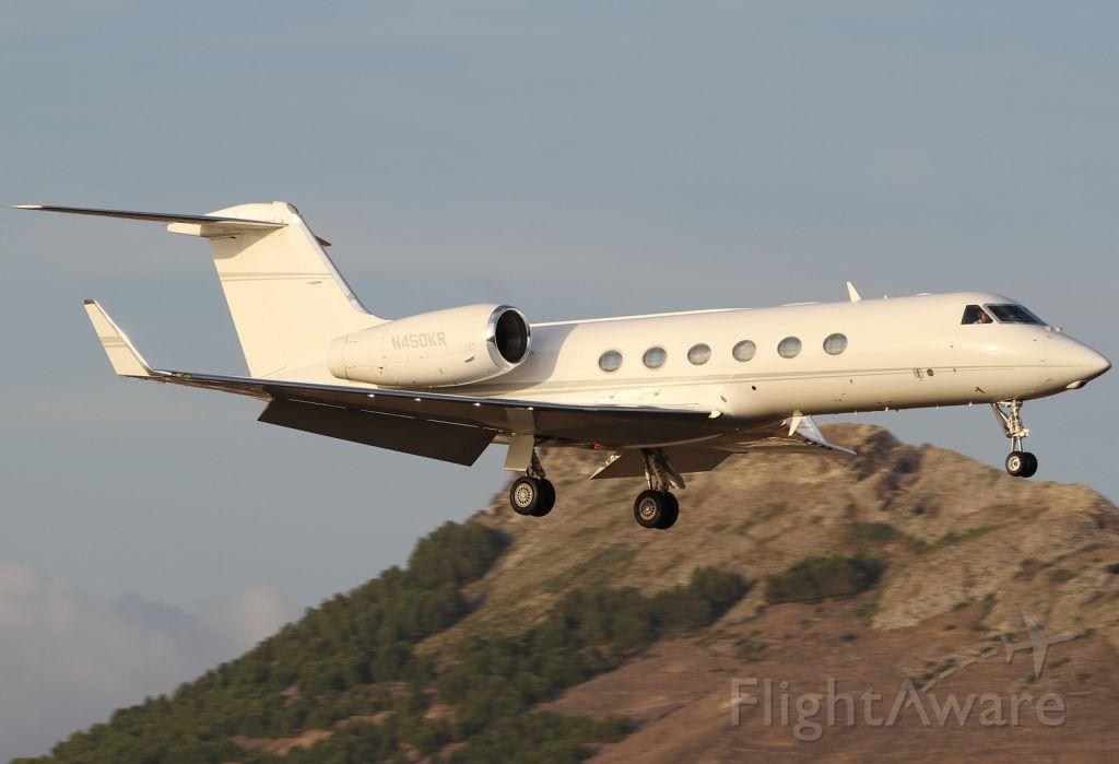 Gulfstream Aerospace Gulfstream IV (N450KR) - Final 36 at LPPS  ( Porto Santo )