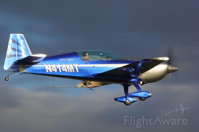 EXTRA EA-300 (N414MT)
