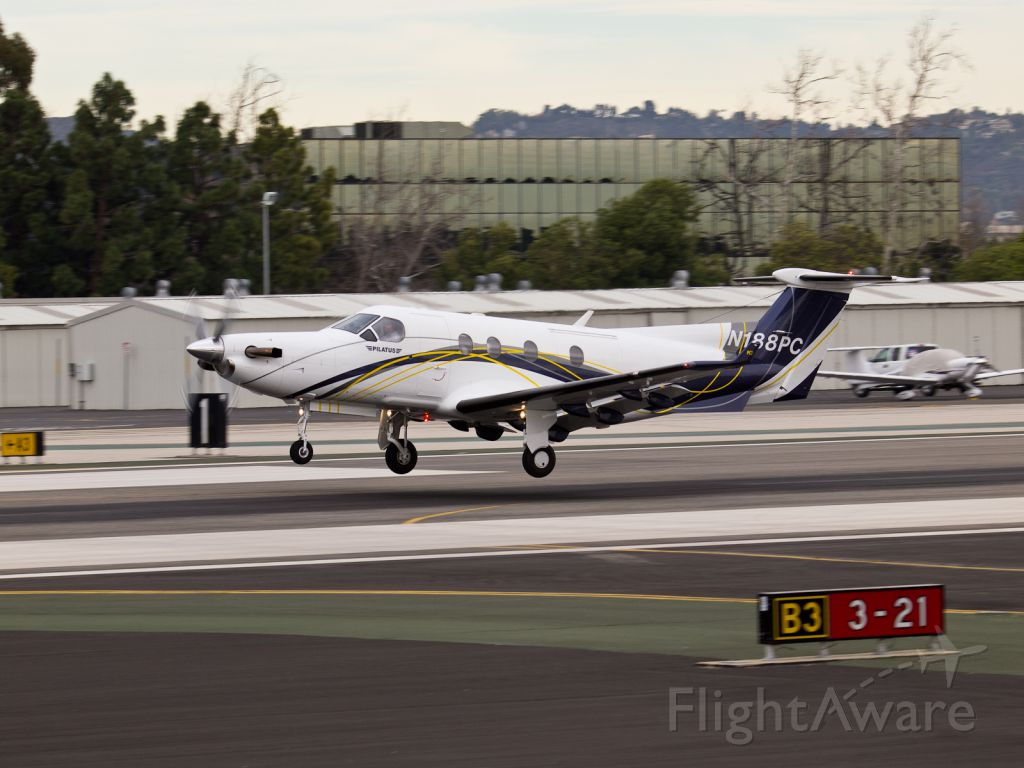 Pilatus PC-12 (N188PC) - N188PC arriving on RWY 21