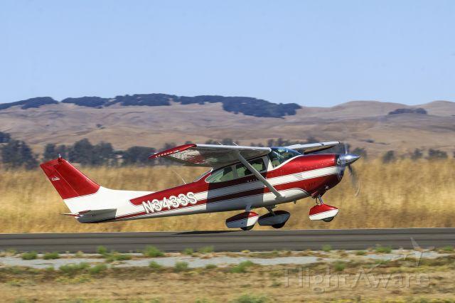 Cessna Skylane (N3433S)