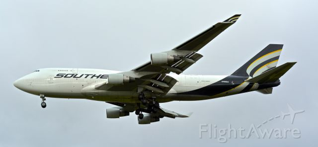 Boeing 747-400 (N400SA) - Magnificent Southern 747-400 at KMHR.
