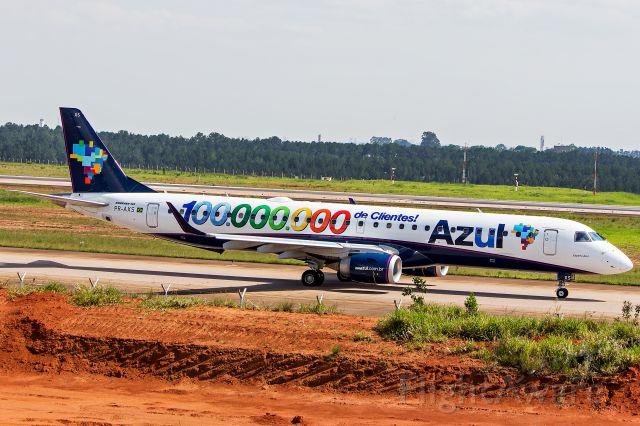 Embraer ERJ-190 (PR-AXS) - Azul Linhas Aereas - Embraer ERJ-195AR<br />Registration: PR-AXS<br /><br />Campinas (VCP) / Rio de Janeiro (SDU)<br /><br />Fotografia: Marcelo Luiz