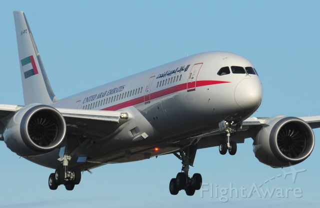 Boeing 787-8 (A6-PFC) - United Emirates Boeing 787-8