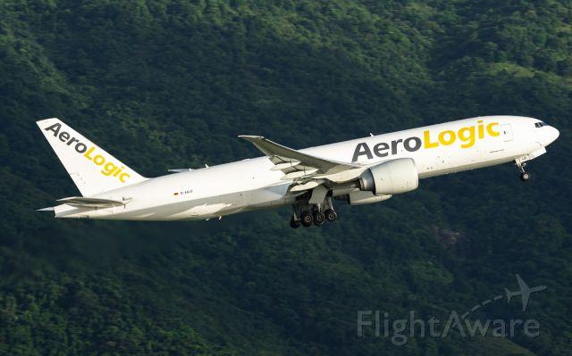 BOEING 777-200LR (D-AALB)