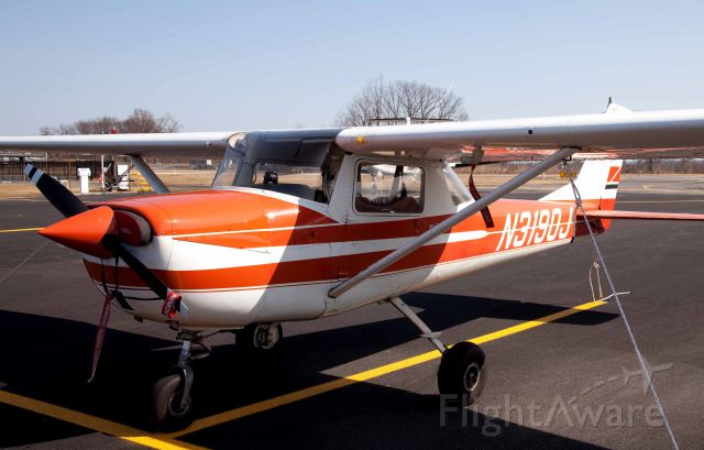 Cessna Commuter (N3190J) - At South Albany (4B0)