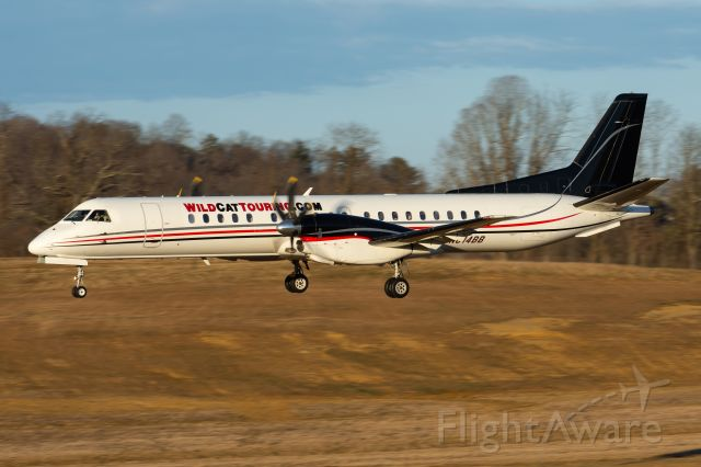 Saab 2000 (N814BB) - Arriving from KCAE in superior golden light