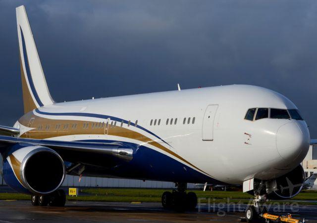BOEING 767-200 (N767KS) - 14/11/2013