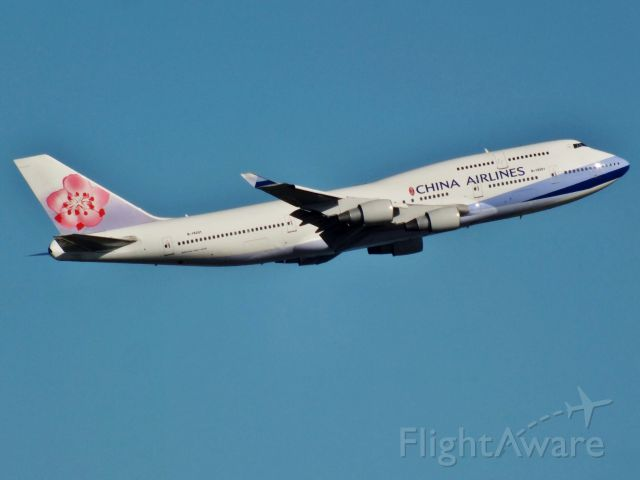 Boeing 747-400 (B-18201)