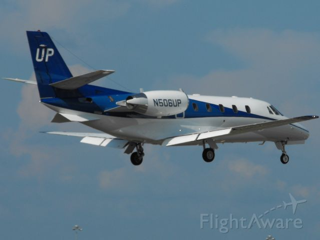 Cessna Citation Excel/XLS (GAJ506) - Landing RWY 9 in Tallahassee on the first home game of the 2015 FSU football season.