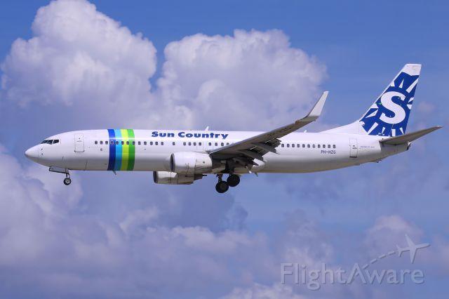 Boeing 737-800 (PH-HZG)