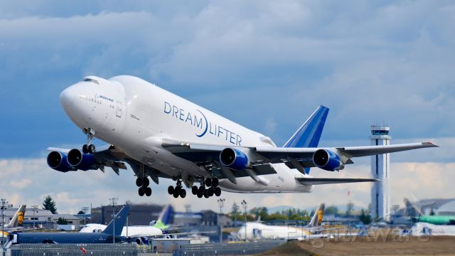 Boeing Dreamlifter (N747BC) - GTI4516 on rotation from Rwy 34L for a flight to RJGG/NGO on 9.21.17. (ln 904 / cn 25879).
