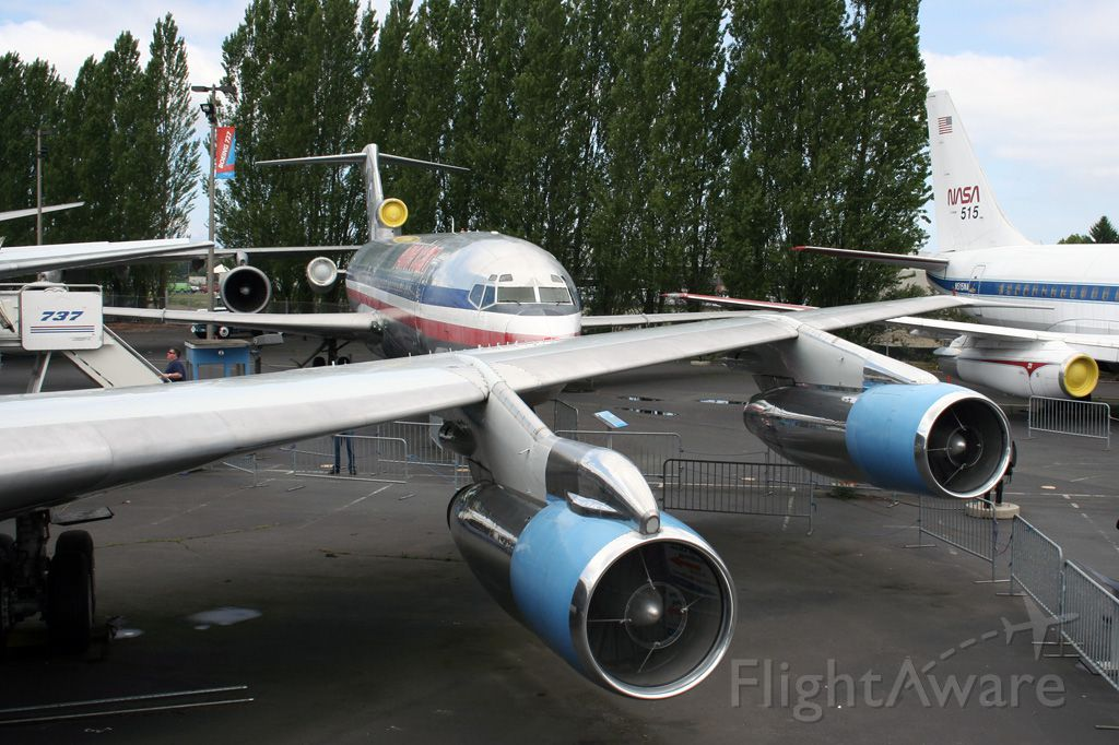 Boeing 707-300 — - Air Force One