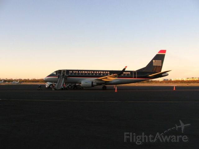Embraer 170/175 (N820MD) - About to go to Ft.Lauderdale