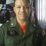 Leon J Wright