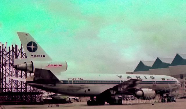 McDonnell Douglas DC-10 (PP-VMD) - Old photo, scanned...