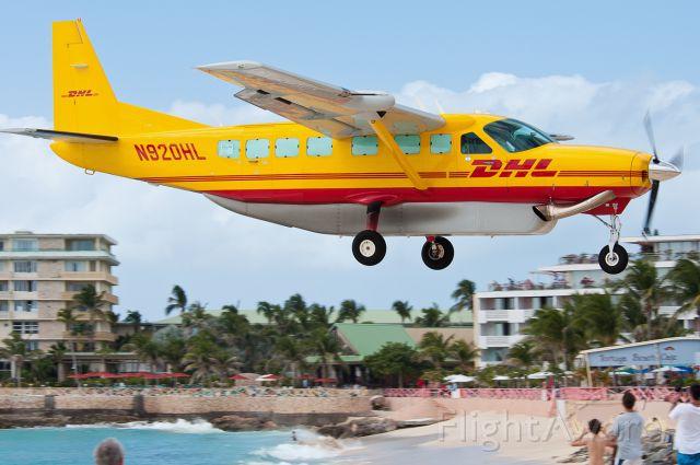 Cessna Caravan (N920HL)