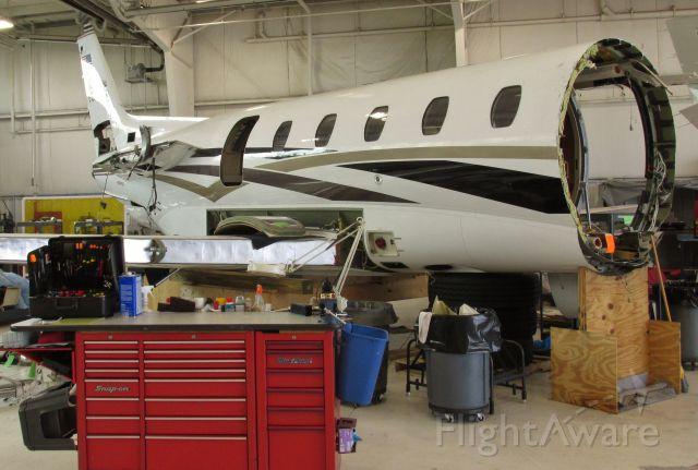 Cessna Citation Excel/XLS (N615EC) - Cessna Citation Excel 560XL in the shop for a little light maintenance.