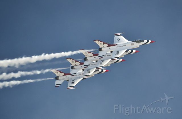 Lockheed F-16 Fighting Falcon — - Thunderbird pass at Aviation Nation 2019.