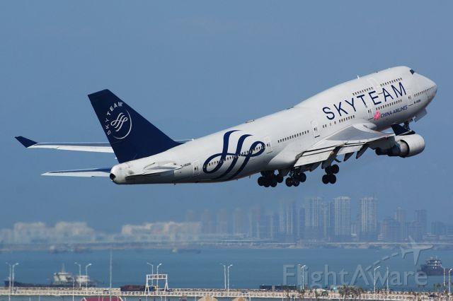 Boeing 747-200 (B-18206) - Boeing 747-400 skyteam livery