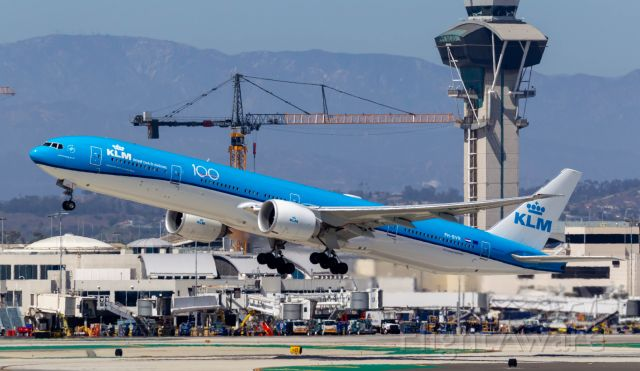 BOEING 777-300ER (PH-BVR) - Spotted at KLAX on August 9, 2020