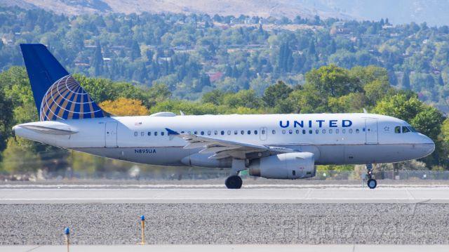 Airbus A319 (N895UA) - UAL2215 RNO-DEN