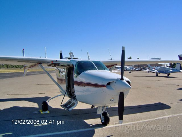 Cessna Super Skymaster (C-FTES)