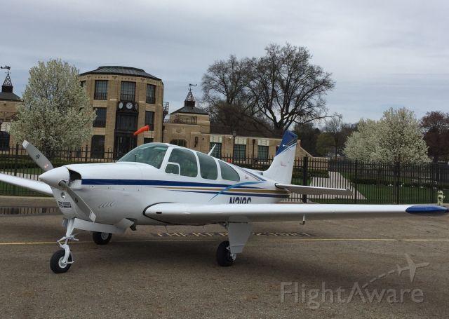 Beechcraft 35 Bonanza (N318G)