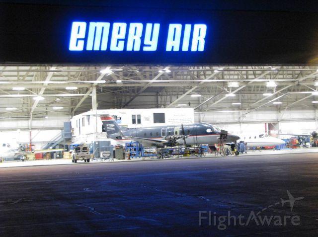 Beechcraft 1900 (B-1900) - Emery Repair Center working around the clock